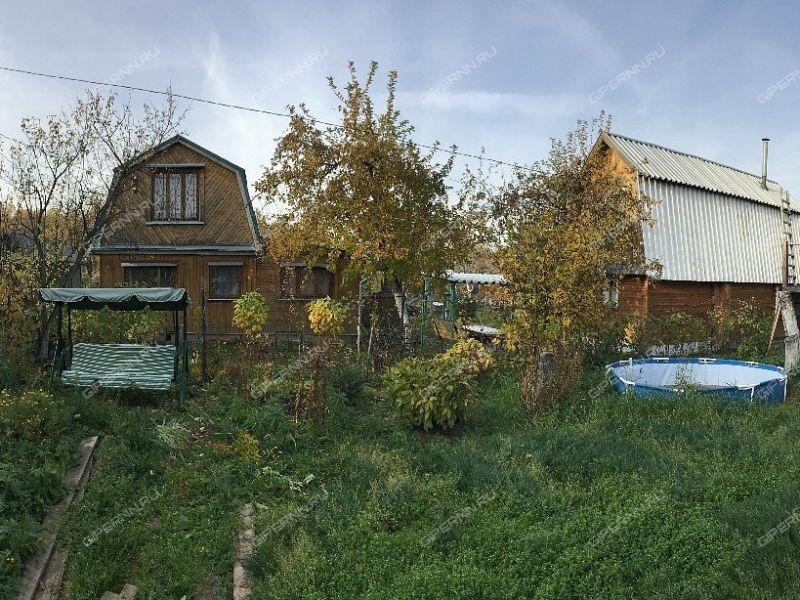 дом на СНТ массив N5 ГТЗ им.Ленина село Большая Ельня