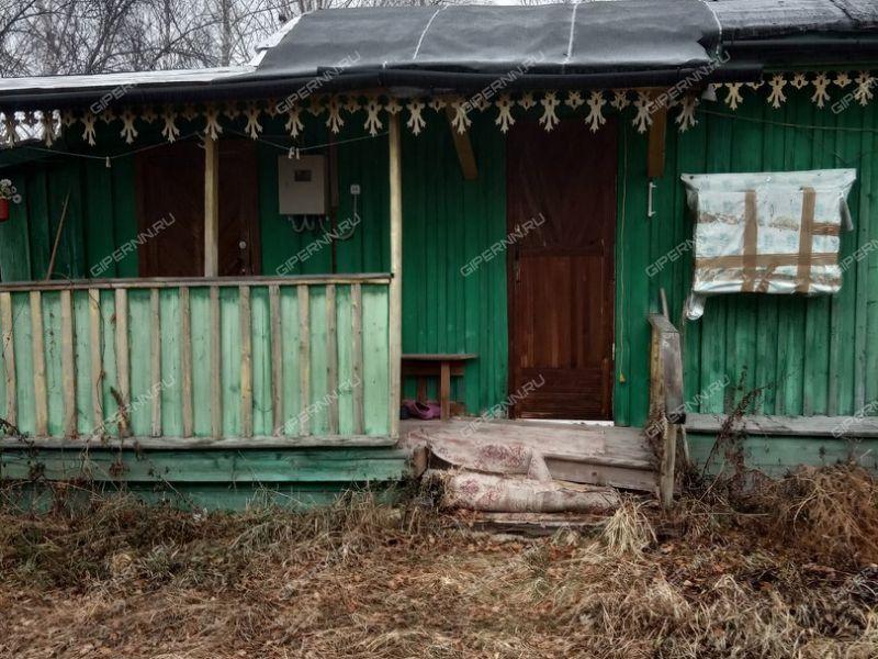 дом на Школьная деревня Дресвищи